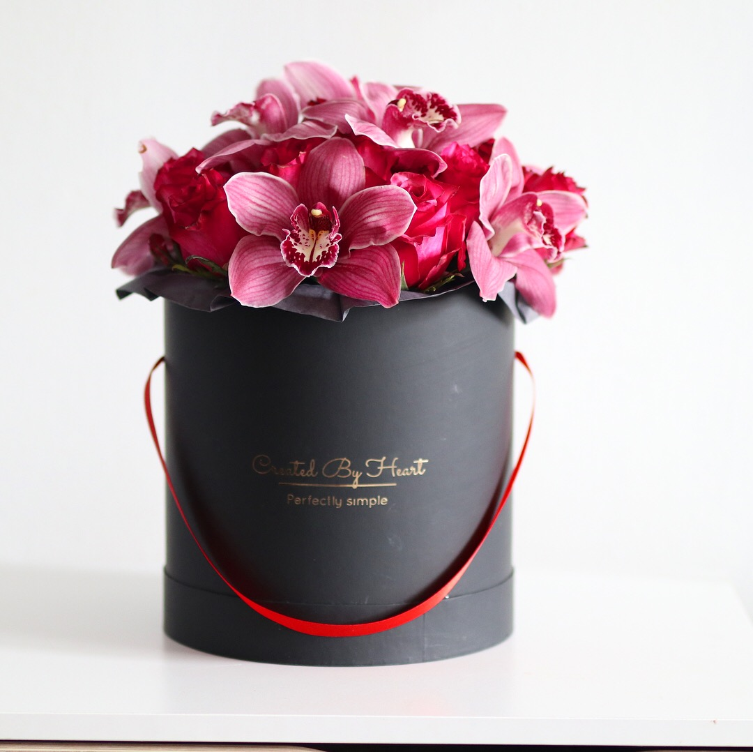 Mix Of Hot Pink Orchids And Roses In A Signature Blackgold Box